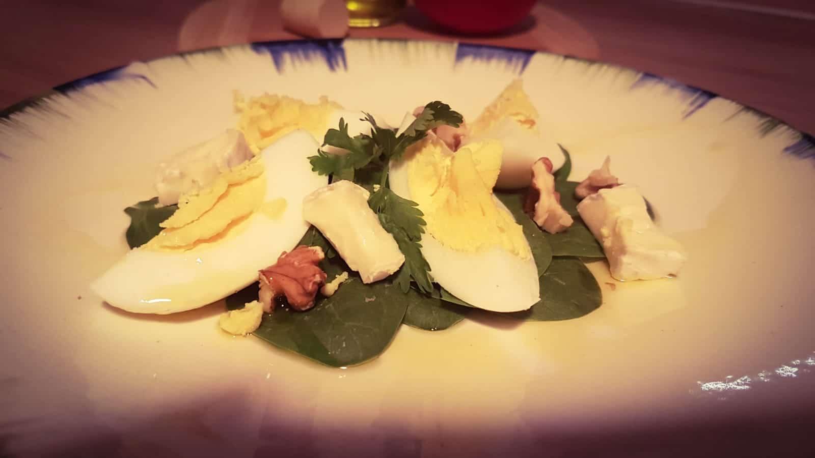 3 salate (detox) care sa te ajute sa iti revii dupa Sarbatori