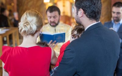 Cum iti alegi tinuta de botez?