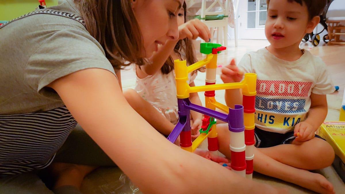 Idei de jucarii educative (18 luni – 3 ani)