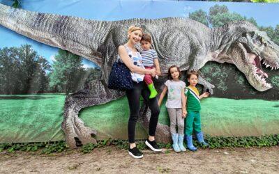 Am făcut pauză de 'toate' și am fost la Dino Park în București